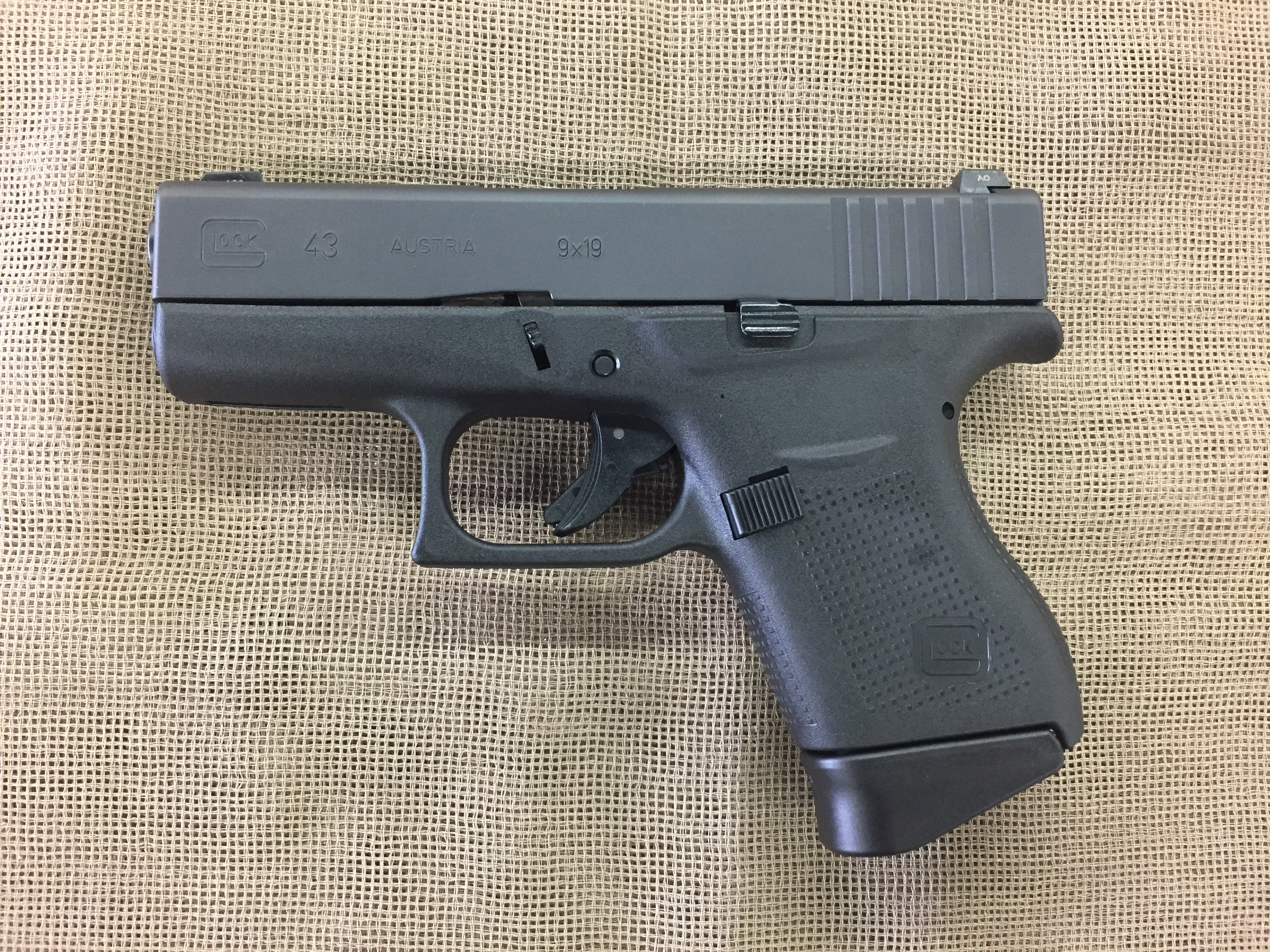 Glock 43 9mm subcompact factory night sights – Saddle Rock ...