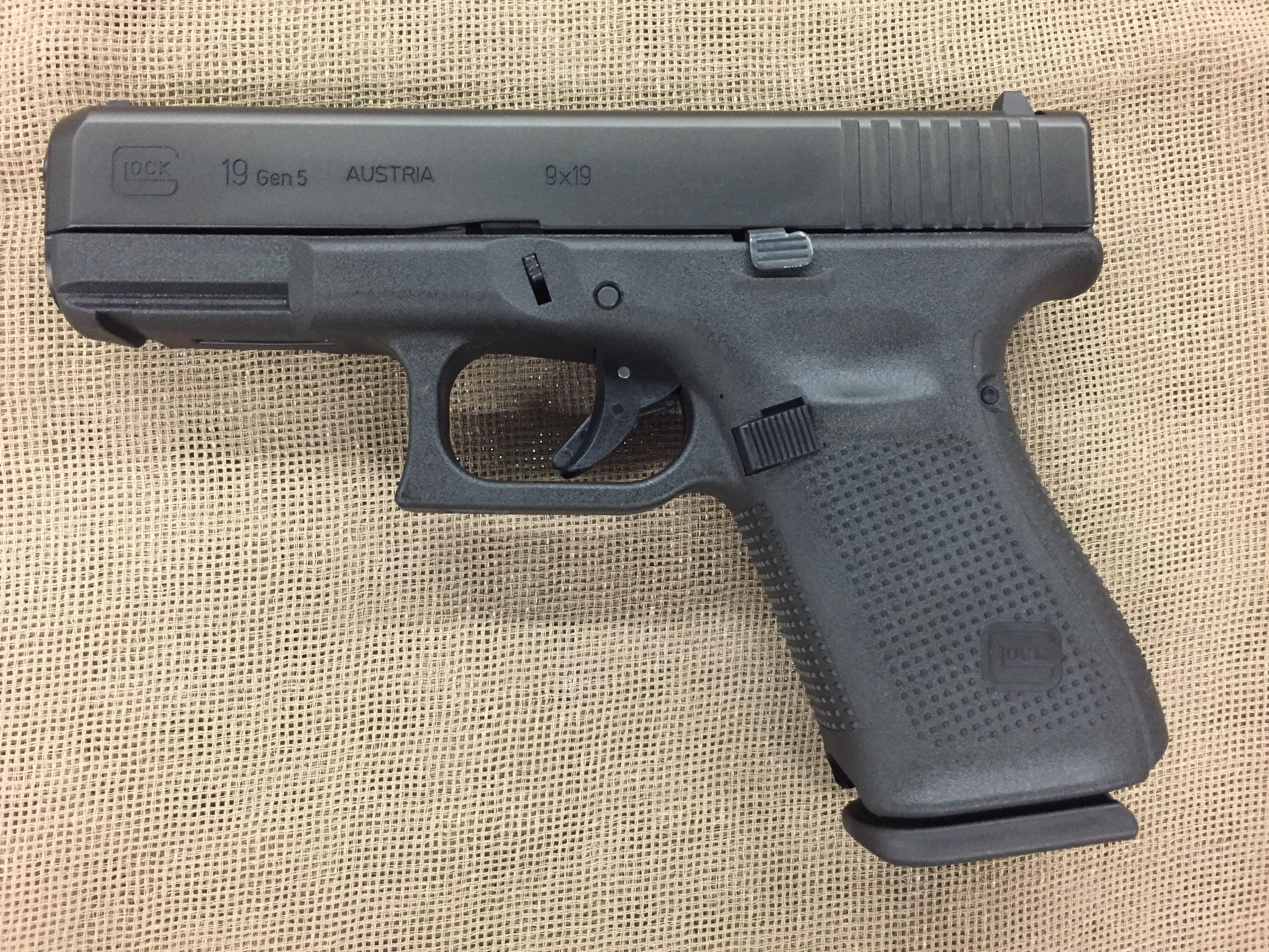 Glock Model 19 Gen5 9mm auto **Black Friday Sale ...