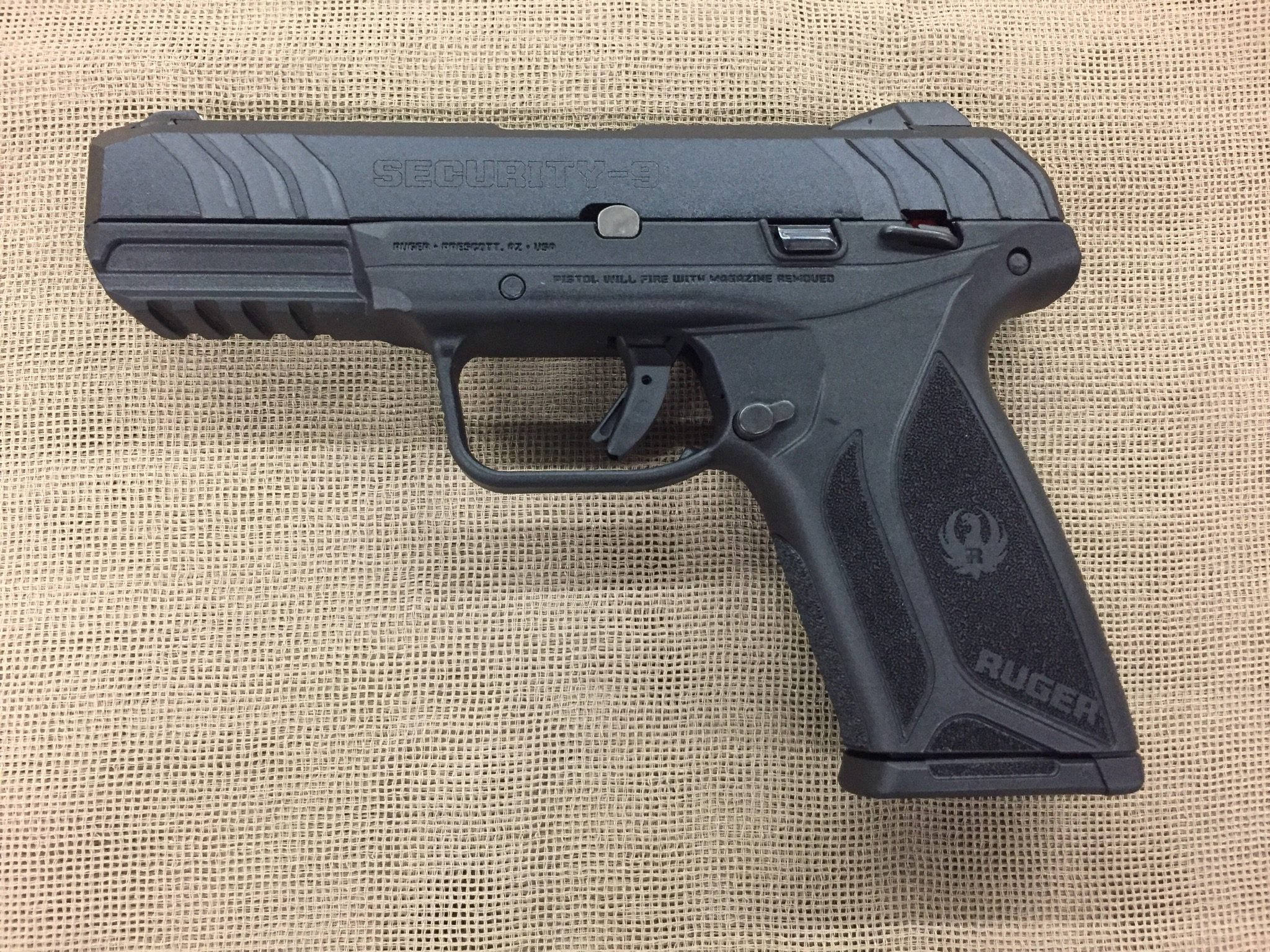 Ruger Security-9 9mm semi auto 15+1 capacity