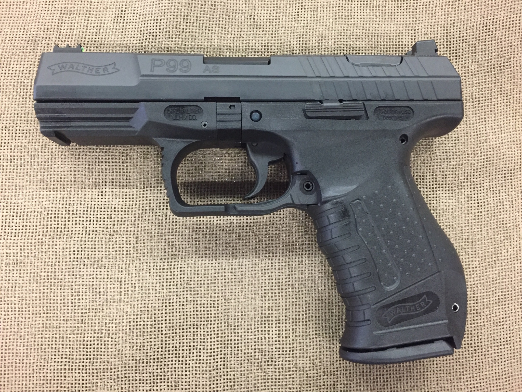 Walther Model P99 9mm auto full size, four magazines - used